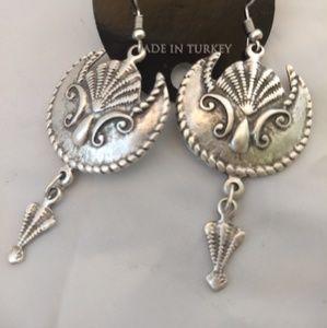 Beautiful bohemian seashell mermaid earrings